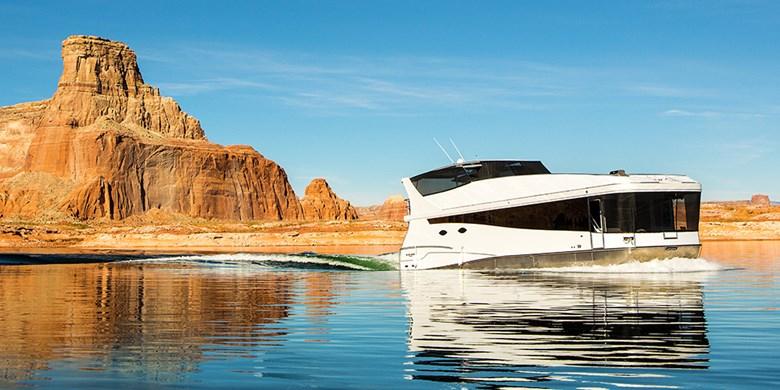 Luxury Houseboat Rentals At Lake Powell Resorts Marinas In