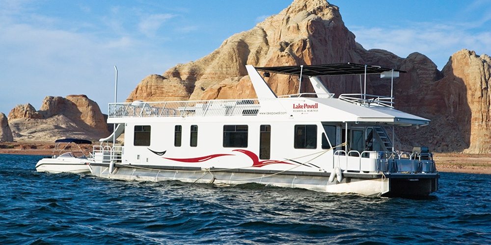 Beautiful 62 Ft Journey Houseboat