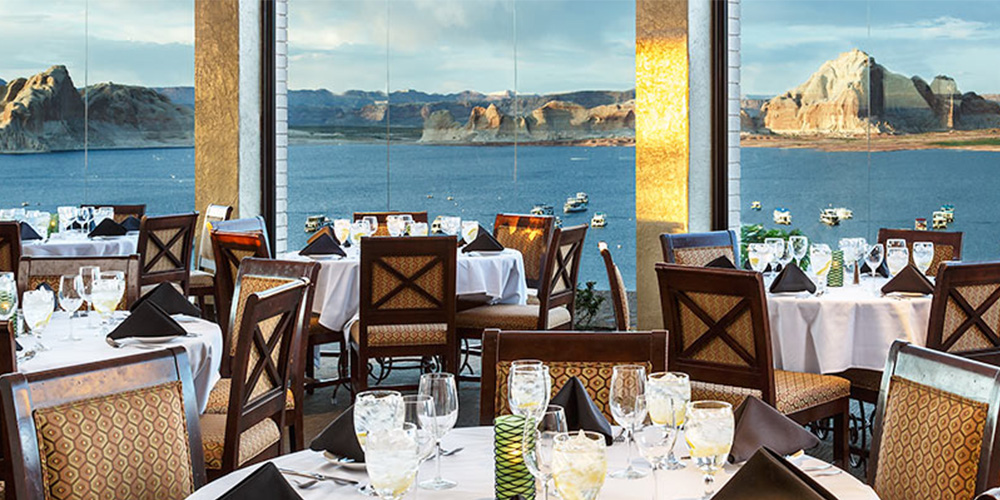 Restaurant Dining Room Water View