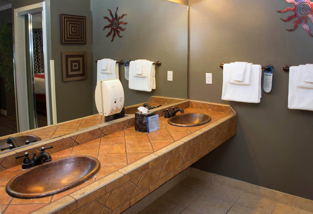 Marina View Suite Bathroom