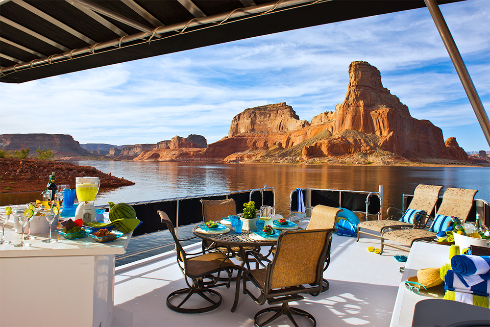 Houseboat like a Pro at Lake Powell