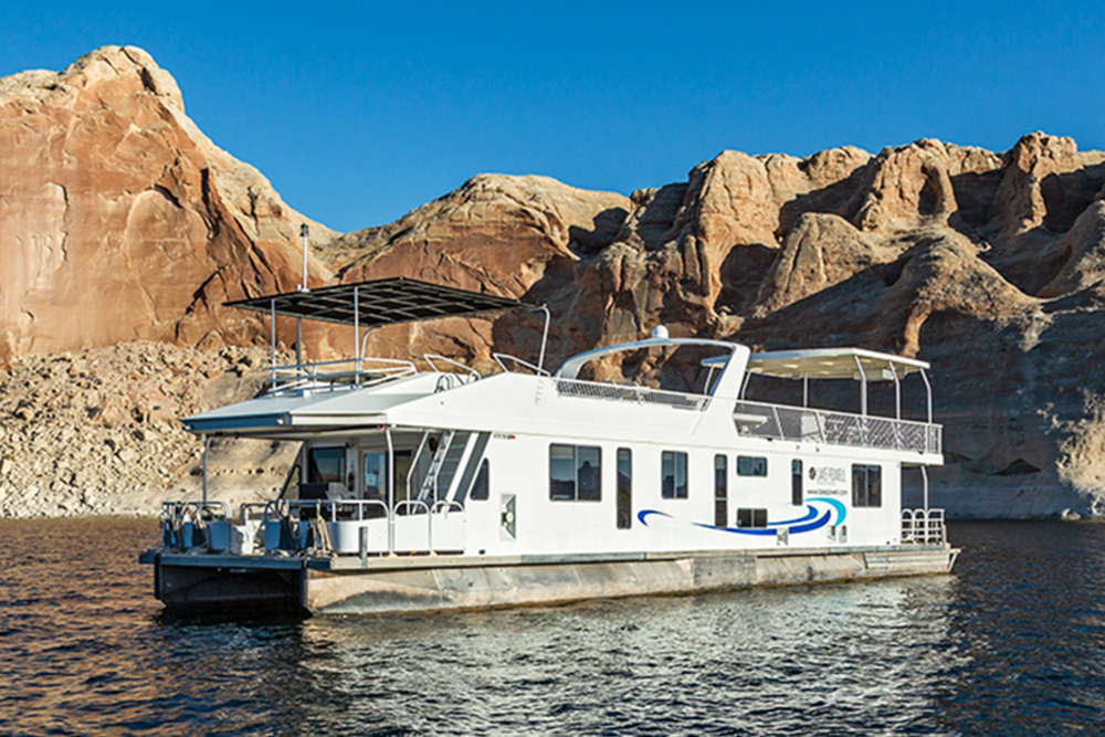 Excursion Houseboat