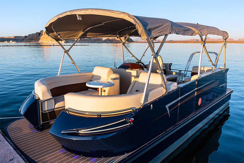 23-ft Pontoon Boat